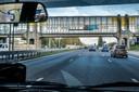 GroenLinks en PvdA willen op de A12 niet harder dan 100 km per uur. Overige partijen willen dat wél.