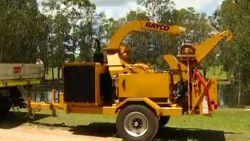 Australiër op slag dood na val in houtversnipperaar