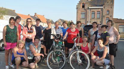 Sportieve Landelijke Vrouwen op fietstweedaagse