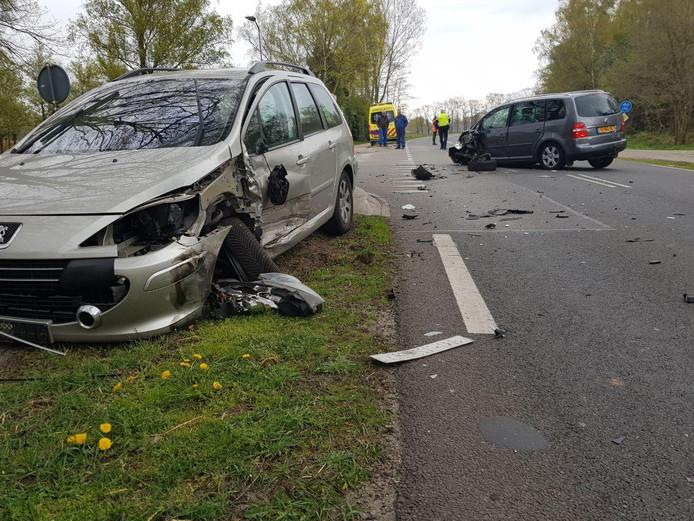 Archiefbeeld van een ongeval op een kruising in Aalten