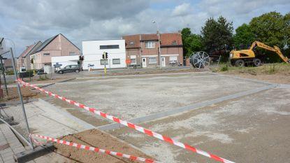 Nieuwe parking op hoek van Melseledijk en Brielstraat, heraanleg N450 volgt dit najaar