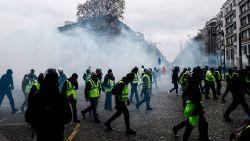 """""""Russische nepaccounts op sociale media voeden protest van 'gilets jaunes' in Frankrijk"""""""