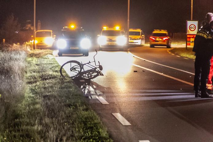 Een fietser raakte zwaargewond op de Spijkweg in Ermelo.