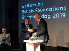 Koninklijke onderscheiding voor Duivenaar Karel Schols
