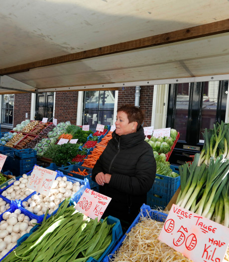 Zo kan de weekmarkt terugkeren: 'Verspreid kramen over stad'