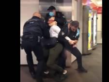 Commotie om arrestatie van corona-overtreder in metro: 'We snappen dat beelden heftig zijn'