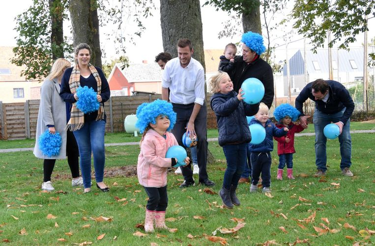 De jongeren van Hoogstraten Leeft organiseerden op het speelpleintje in Meerle een pop-up kinderopvang.