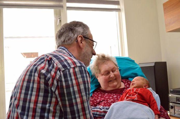 Een bijzondere wens: kennismaken met het kleinkind