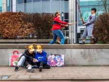 Leon (15) is dol op zwaarden: 'Het liefst speel ik videogames'