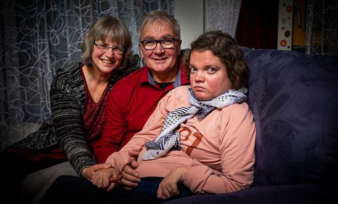 Miriam Verbeek en haar ouders.