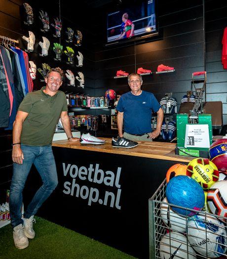Daarom opent Voetbalshop.nl in coronatijd een filiaal in Capelle
