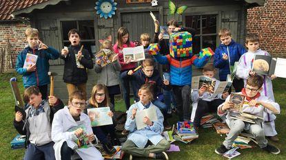 Kinderen De Zonnevlier leven zich uit tijdens Jeugdboekenmaand