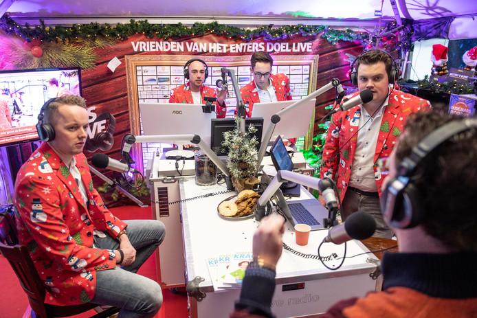 Een deel van de organisatoren en medewerkers van Enters Doel Live wil de lokale zender Regio FM overeind houden.
