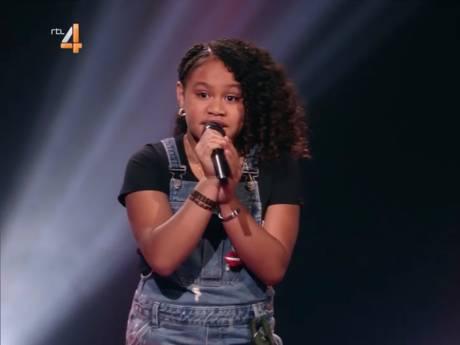 Yosina (10) zorgt voor kippenvel met intieme Trijntje-ballade Ken Je Mij
