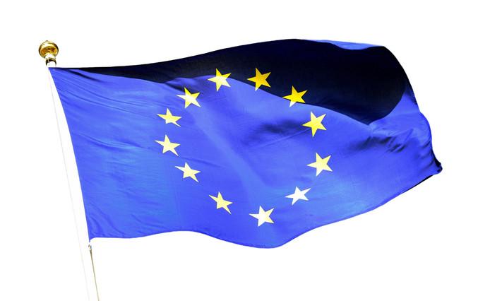 Om te markeren dat stemmen een feest der democratie is, wappert vandaag de Europese vlag aan de voorgevel van het stadhuis in Deventer.