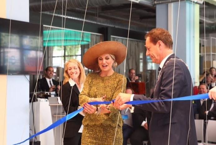 Koningin Máxima opent de Singularity University in Eindhoven.