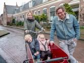 Jong en oud gedijen in de Zierikzeese Manhuisstraat