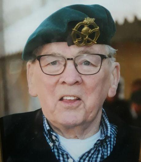 Oud CDA-raadslid en 'groene baret' Henk Buiteman uit Vught overleden