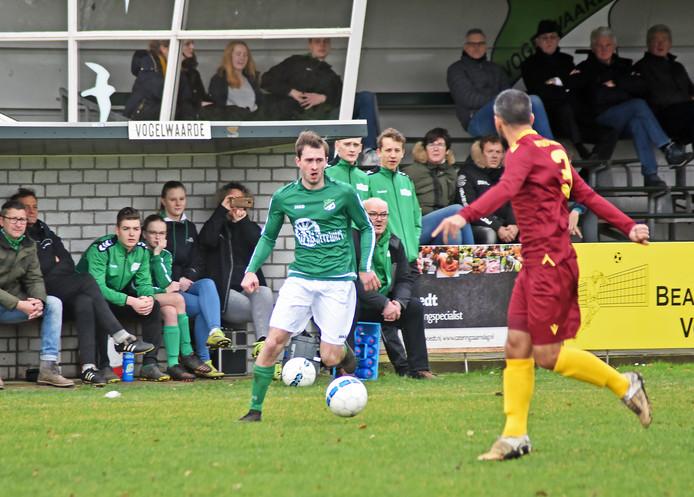 Vogelwaarde (groene shirts) won zondag met 2-0 van Corn Boys.