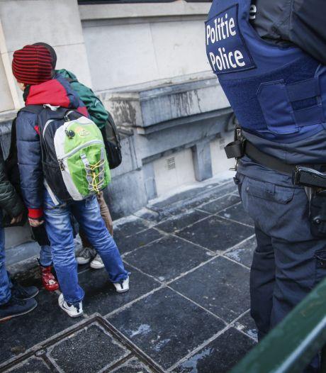 """Des parents d'élèves en colère: """"Où sont les policiers?!"""""""
