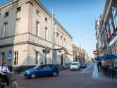 Met gierende banden door de Bossche Sint-Josephstraat: 'Het is bizar om te zien'