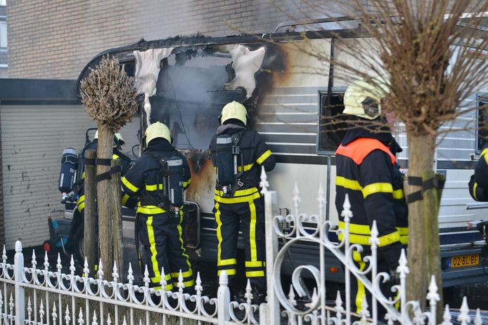Camper vat vlam in Etten-Leur