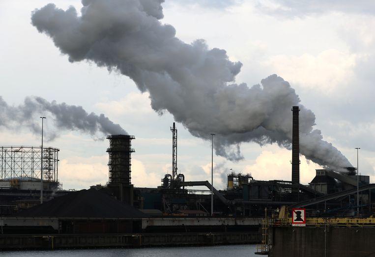 Het Tata Steel-terrein in IJmuiden. Beeld REUTERS