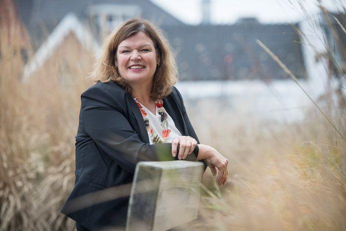 Volgens burgemeester Wilmien Haverkamp zijn er 'geen duidelijke bronnen' van het hoge aantal besmettingen in Tubbergen.