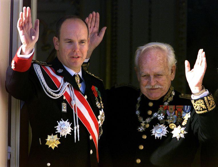 Wijlen prins Rainier III (1923-2005) en zijn zoon prins Albert, de huidige vorst van Monaco. Foto uit 1999.