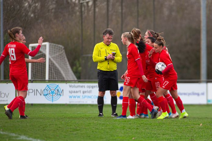 FC Twente gaat op trainingskamp naar Portugal.