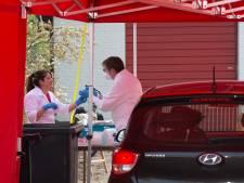 Aantal positieve coronatesten iets gedaald in Achterhoek; wel 14 inwoners overleden