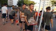 Chinese soldaten voor het eerst in lange tijd op straat in Hongkong om barricades op te ruimen