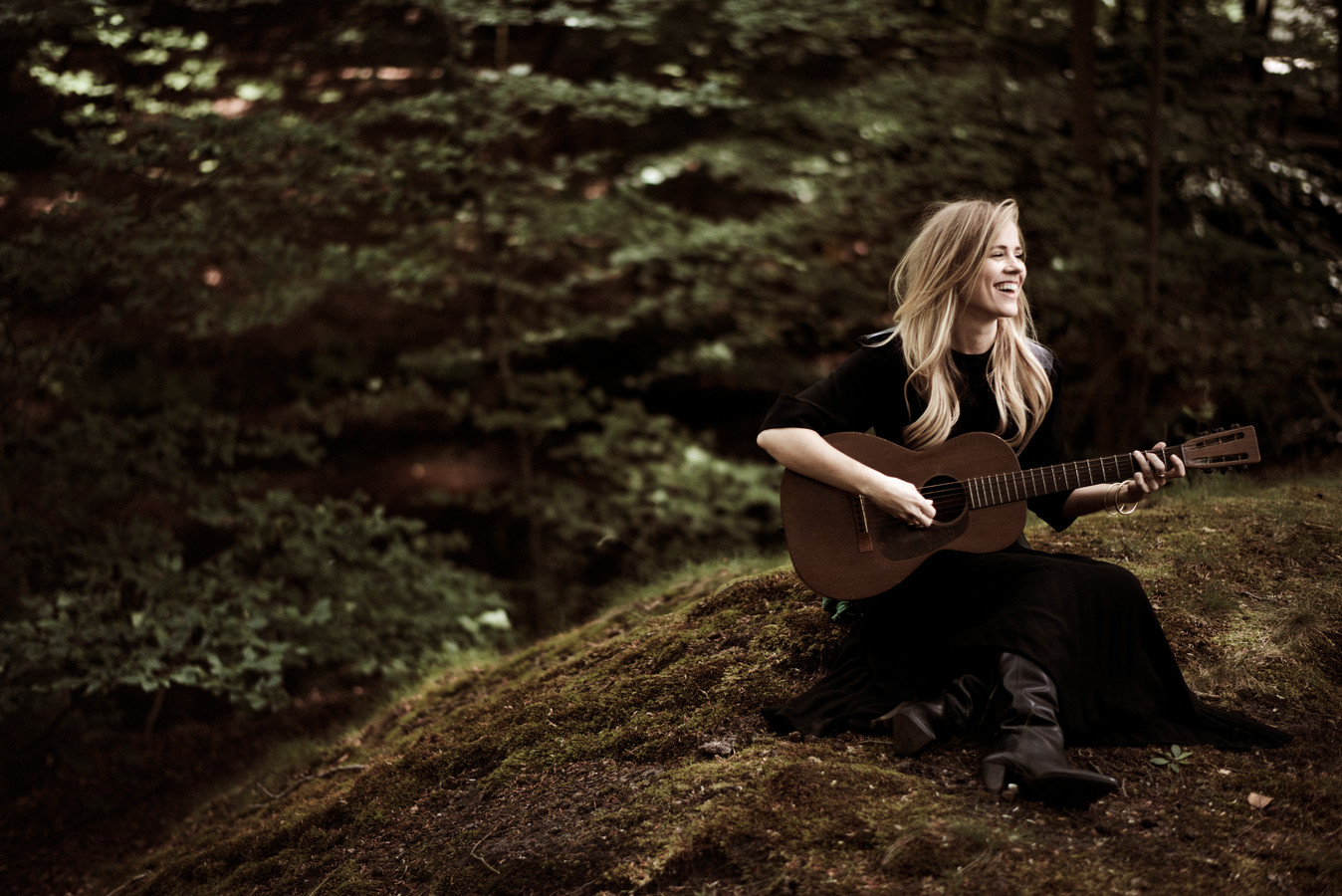 Ilse deLange 'Gravel & Dust'
