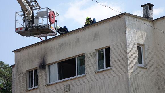 De keuken van het appartement brandde volledig uit.
