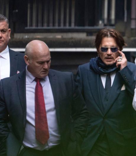 Johnny Depp crée la surprise en se présentant à un procès à Londres