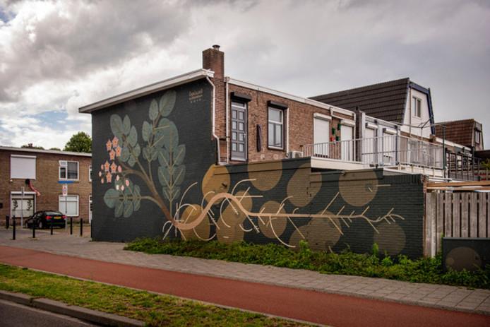 Het kunstwerk van Amok Island aan de Vincent van Goghstraat in Breda.