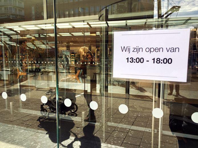 Winkels Dicht Of Sluiten Eerder Door Zorgen Om Coronavirus Het Is Ontzettend Heftig Rotterdam Ad Nl