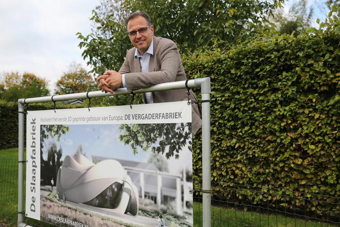 Arvid Prigge toonde in oktober 2017 dit ontwerp voor het 3D-geprinte betonnen gebouw van Europa. Binnenkort presenteert hij een aangepast ontwerp van De Vergaderfabriek, die in Teuge komt te staan.