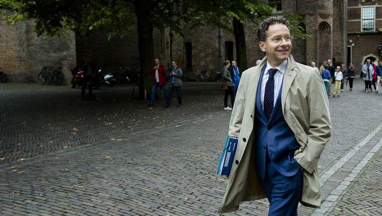Minister Jeroen Dijselbloem van Fiancnien verlaat het Ministerie van Algemene Zaken na afloop van de begrotingsraad. Beeld anp