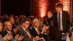 """Applaus voor Puigdemont in Fabriekspand: """"Ik wil mijn positie gebruiken om de situatie in Catalonië verder aan te klagen"""""""