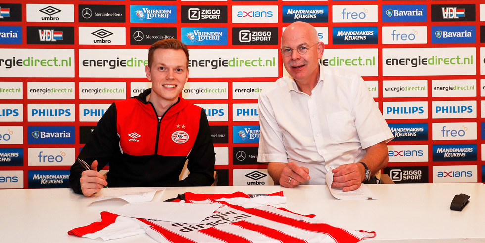 Tony Kok en Toon Gerbrands. PSV verbrak het contract met e-gamer Kok al na twee dagen.