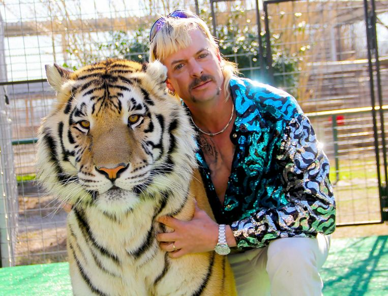 Joe Exotic in 'Tiger King'. Beeld Netflix