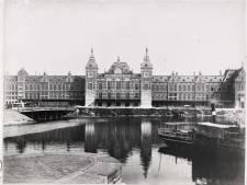 Amsterdam Centraal Station viert 130ste verjaardag