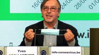 """Epidemioloog Yves Van Laethem: """"Er zal niet genoeg vaccin zijn voor iedereen"""""""