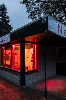 Politie neemt aangifte van discriminatie door eigenaar sekshut Reutum niet in behandeling