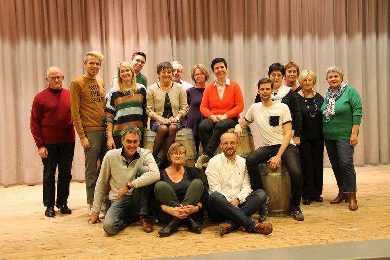 De Karels staan straks met zestien acteurs op de planken voor hun nieuwste stuk 'Midzomernachtsdroom'.