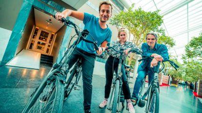 Ochtend-dj's van Qmusic gaan vandaag al fietsend naar het werk