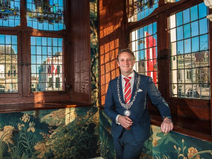 Verhoeve honderd dagen burgemeester in Gouda: 'Als ik verdrietig ben, mogen mensen dat weten'