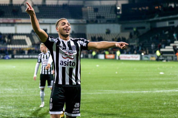 Cyriel Dessers, topscorer van de eredivisie seizoen 2019/20: ,Ik ben altijd van mening geweest dat voetballers ook een maatschappelijke verantwoordelijkheid dragen.''