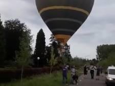 VIDEO: Luchtballon landt midden op straat in Schijndel